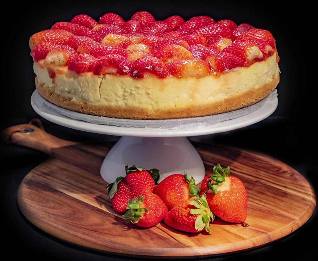 7-Up Lemon Cheesecake with Strawberry Glaze Recipe