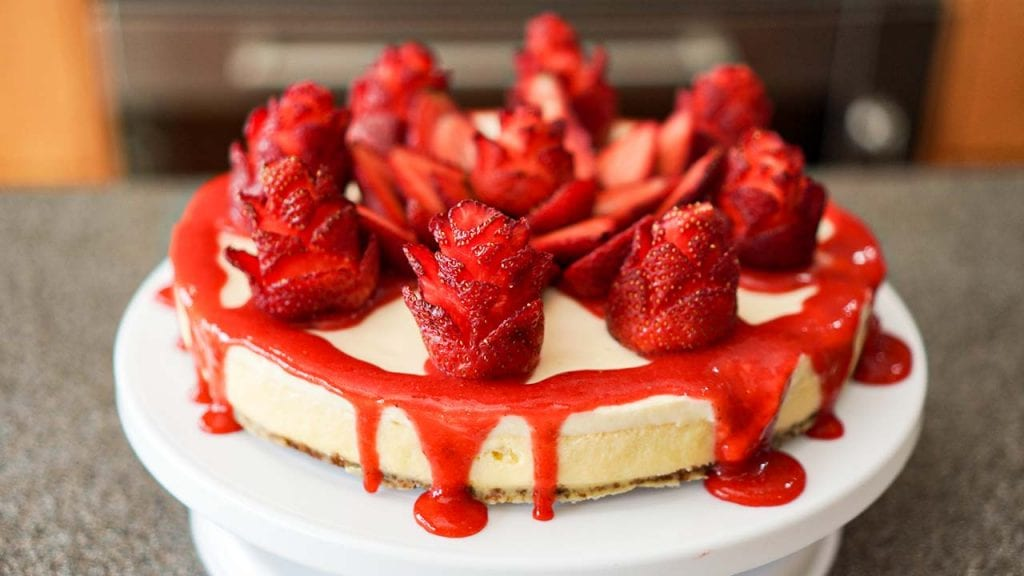 Copycat fresh strawberry cheescake inspired by The Cheesecake Factory - Strawberry glazed over original cheesecake