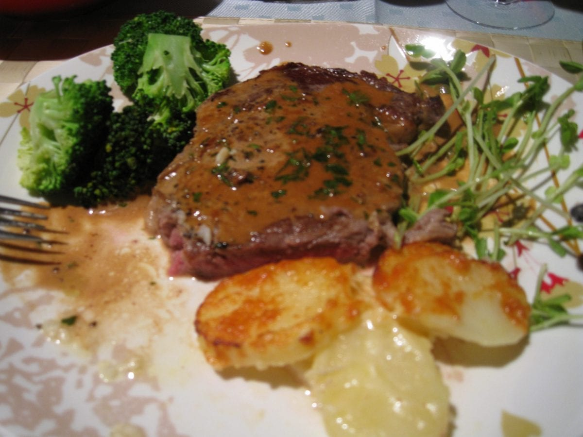 Copycat Cheesecake Factory Steak Diane Recipe