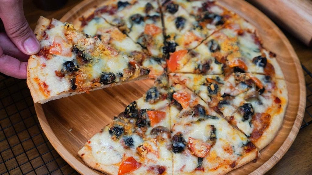 Crispy Blaze Pizza Copycat Build-Your-Own Pizza Recipe
