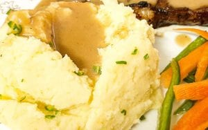 Homemade Mashed Potatoes and Gravy Recipe