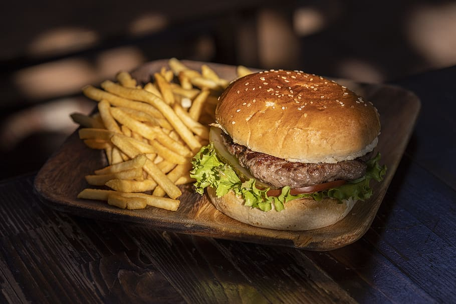 Nigella's High-Speed Hamburger Recipe