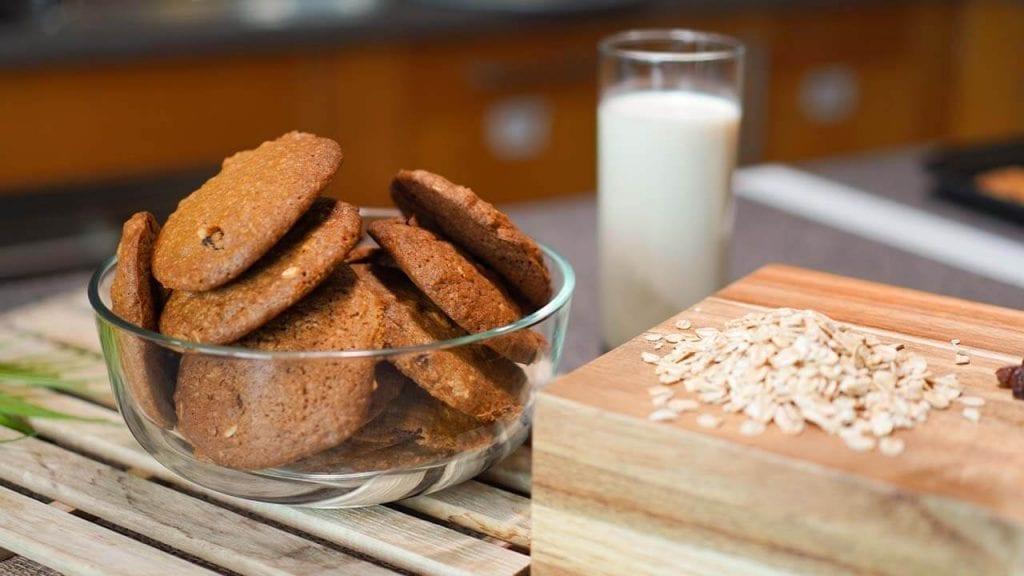 Perfect Subway Copycat Oatmeal Raisin Cookies Recipe
