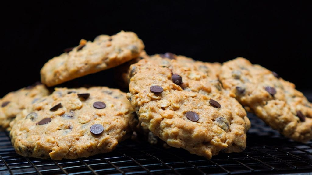 Bakery Style Vanilla Coca-Cola Chocolate Chip Cookies @sweetasacookie #FinalFourPack #cookies #ad