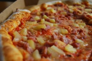 Pizza Hut's Sweet Hawaiian Pizza Recipe