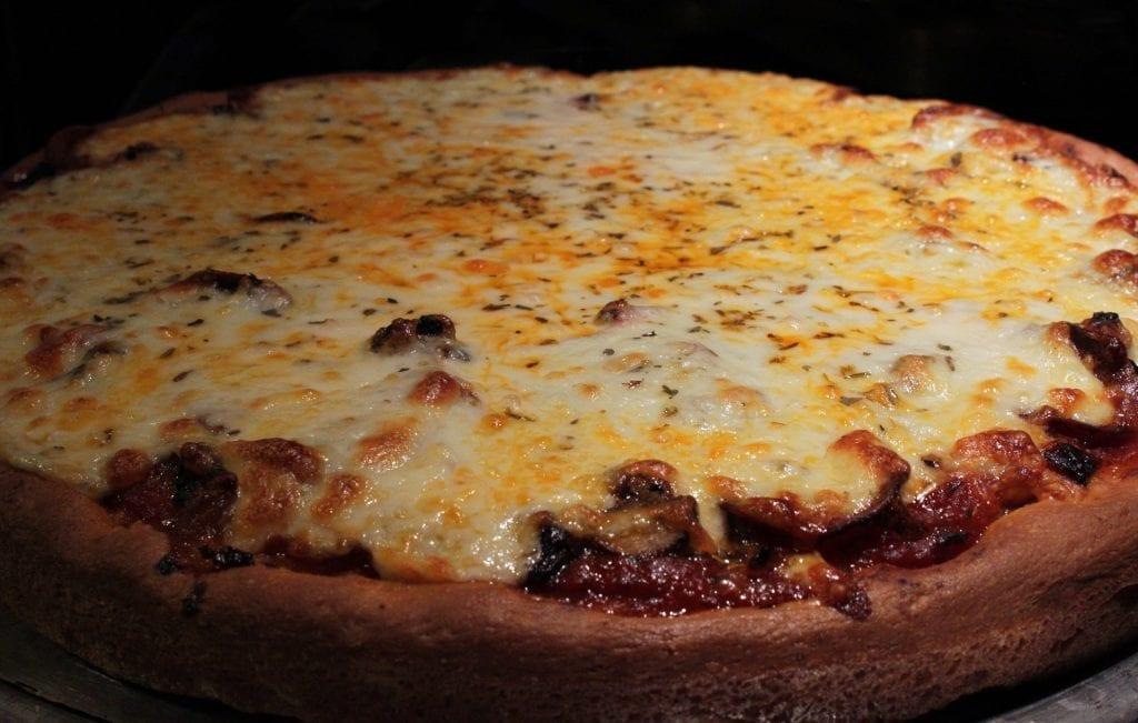 Copycat Uno's Deep Dish Pizza Recipe
