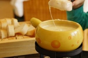Appetizer Beer-Cheese Fondue Recipe