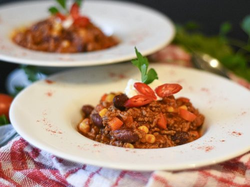 slow cooker hearty beef and bean chili recipe