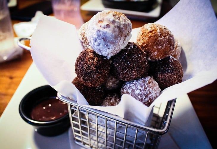 Cake Pop Chocolate Donut Holes