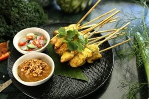 chicken satay with peanut butter dipping