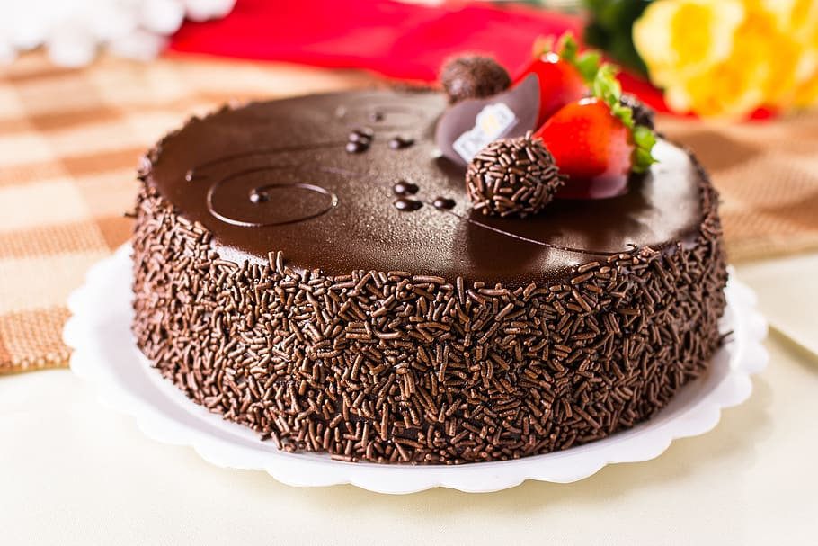 Chocolate Cake With Chocolate Strawberry Sauce Recipe