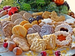 Patriotic Red, White, and Blue Vanilla Cake Cookies @sweetasacookie