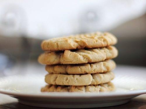 cinnamon toffee pecan cookie