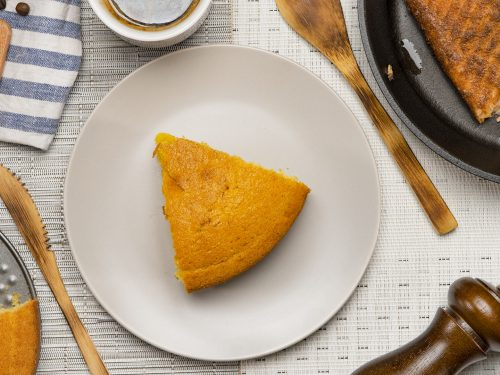 copycat-old-country-buffet's-sweet-cornbread-recipe