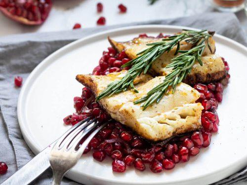 Georgian Poached Fish with Pomegranate Sauce Recipe, how to poach fish, mahi mahi poach fish recipes