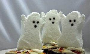 Halloween Crispy Marshmallow Ghosts Recipe