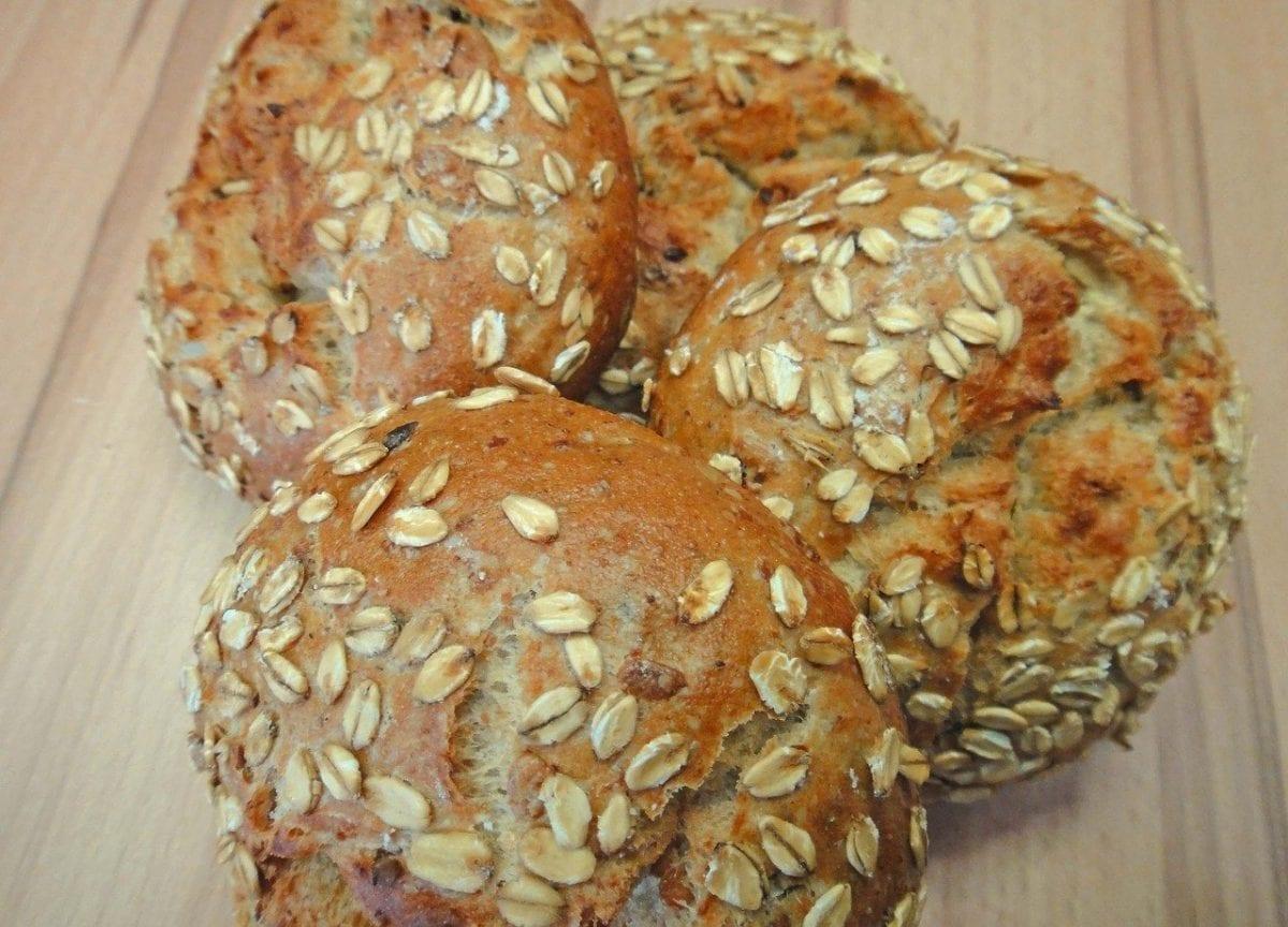 oat bread rolls