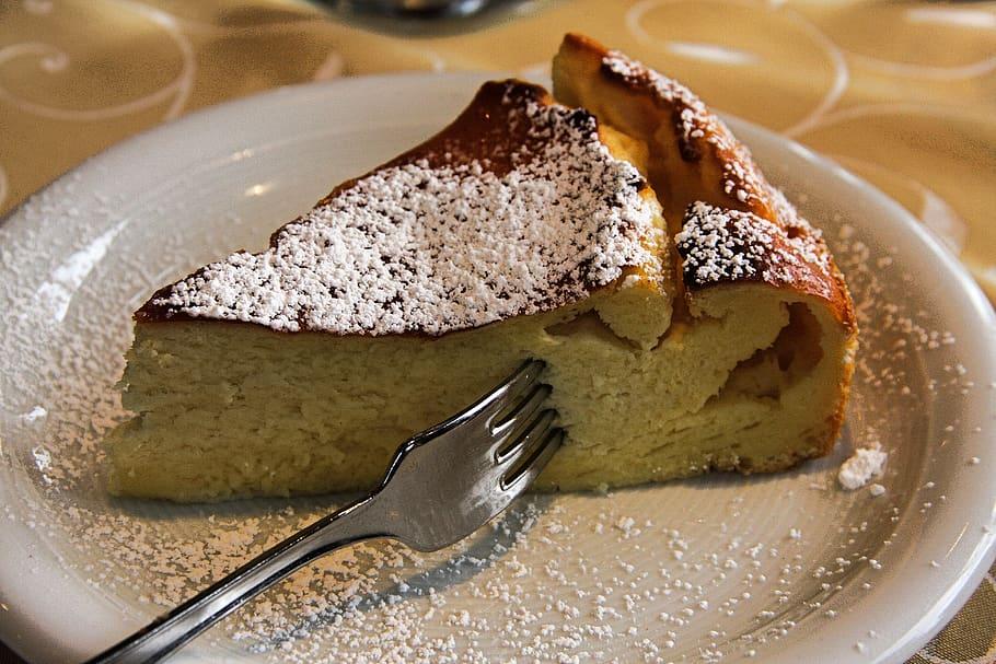 delicious kiwi cheesecake