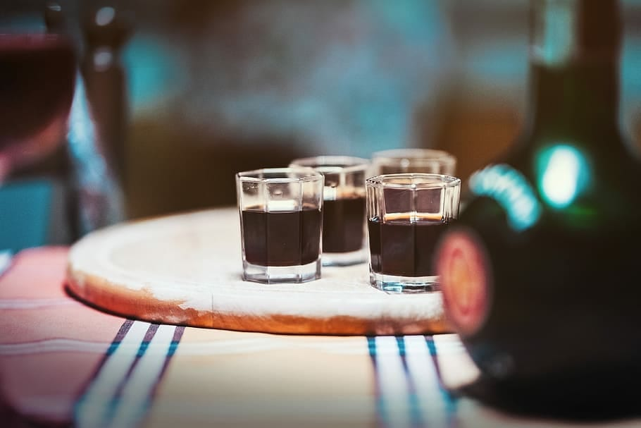 Klondike Bar Shot Recipe (Copycat), chocolate klondike bar cocktail with irish cream