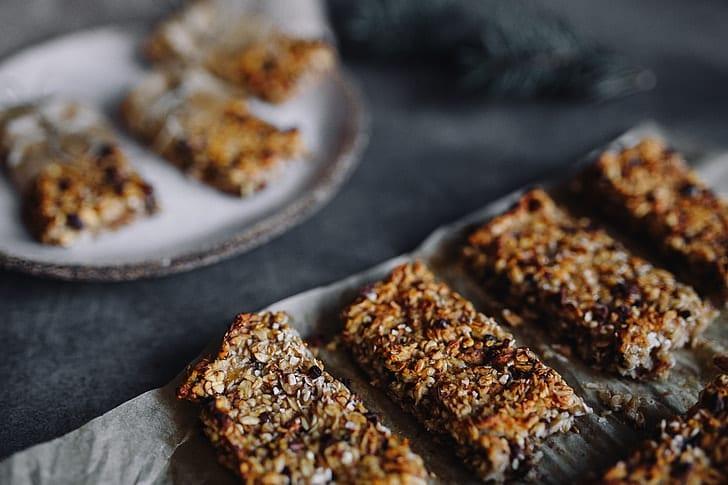 Peanut Butter-Coconut-Raisin Granola Bars Recipe