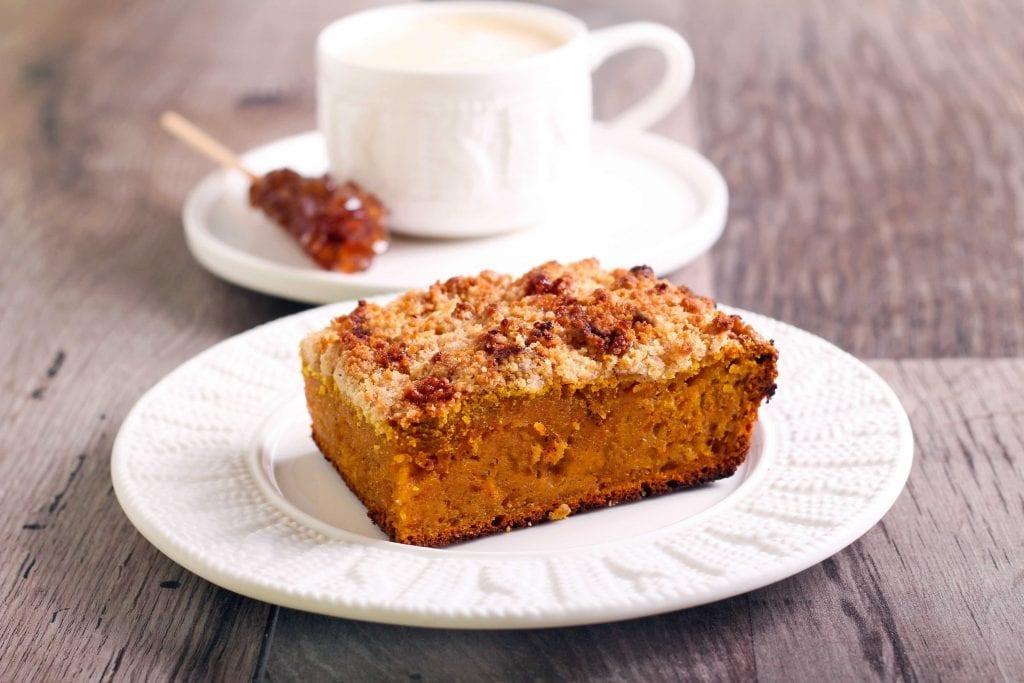 Pumpkin Coffee Cake Recipe, easy homemade spiced pumpkin coffee cake with streusel crumb topping