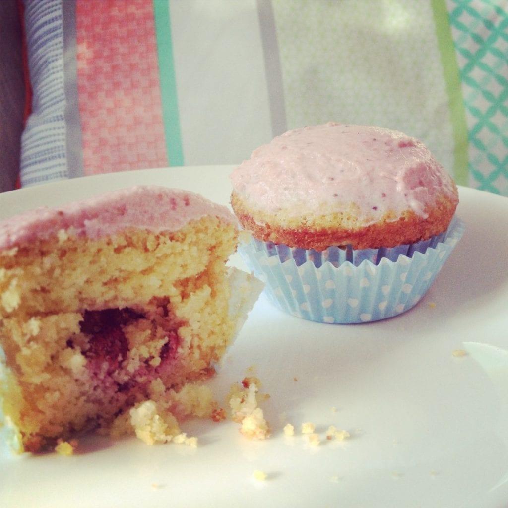 Raspberry-White Chocolate Muffins Recipe