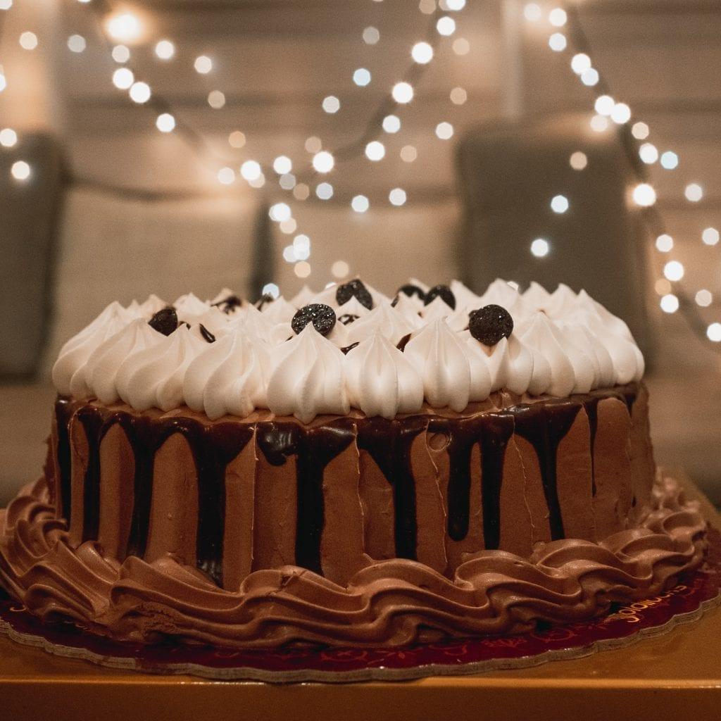 Copycat Marie Callender's Chocolate Cream Pie Recipe