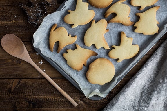 Super Crisp Sugar Cookies that Will Melt in Your Mouth Recipe