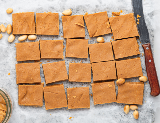 Three Ingredient Peanut Butter Fudge Recipe