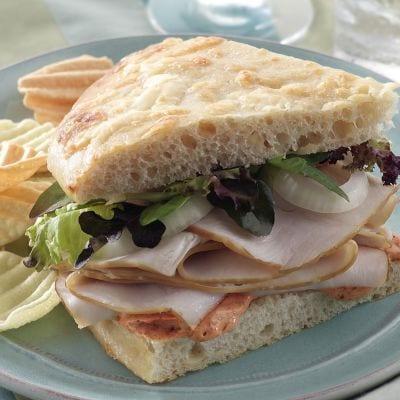 Copycat Panera Bread Cafe's Sierra Turkey Sandwich Recipe