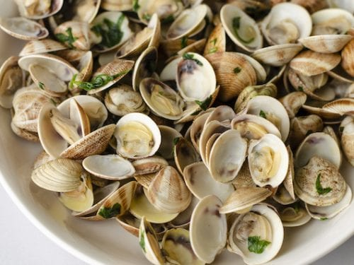 Copycat Red Lobster Steamed Clams Recipe