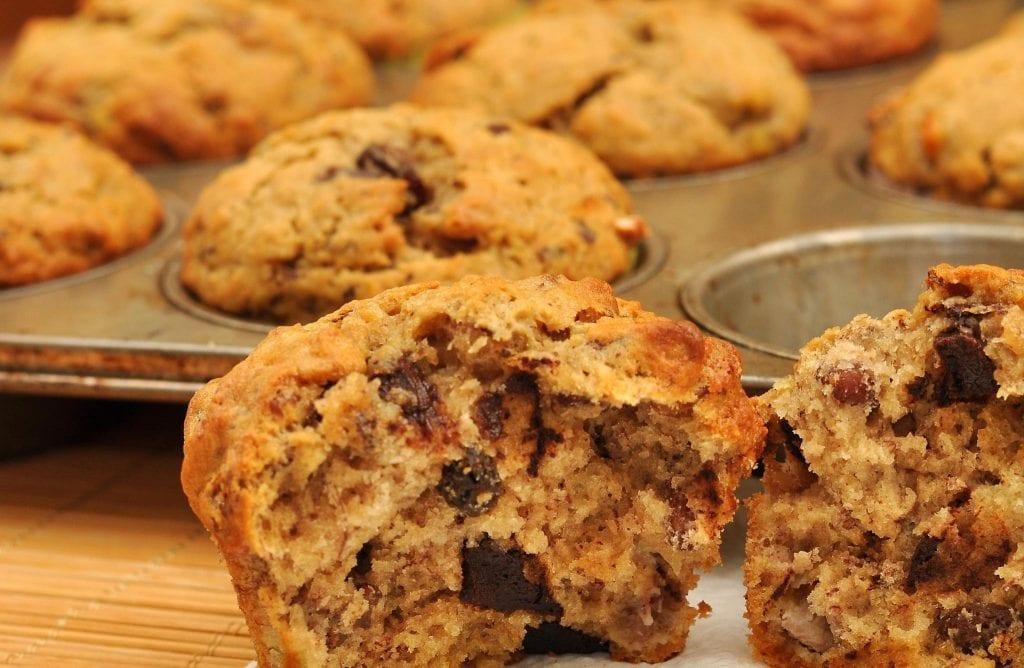 Banana Cupcakes with Dark Chocolate Chunks Recipe