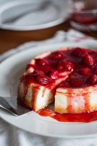 Pudding Rich Strawberry Ring Cake Recipe