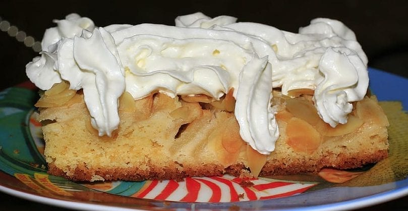 Apple Dump Cake with Buttercream Frosting Recipe
