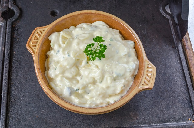 delicious blue cheese dressing