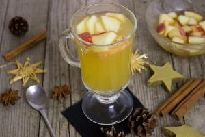 Bobbing Apple Punch Recipe