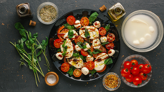 Tomato Caprese Salad with California Balsamic Vinegar Recipe