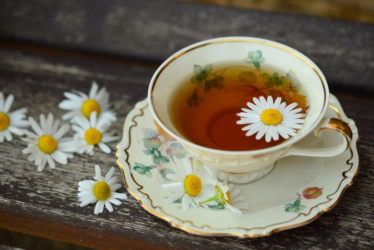 chamomile spiced tea