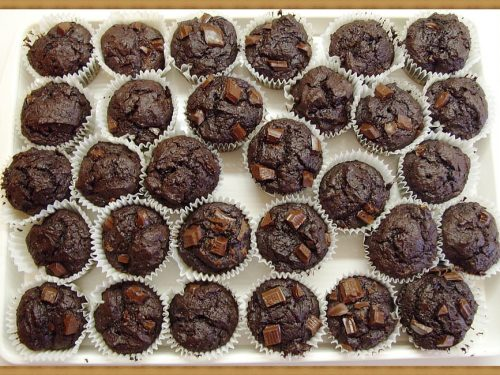 sweet chocolate chip muffins