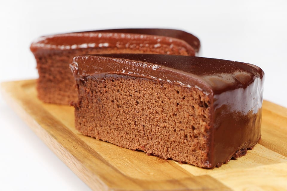 Chocolate Mayonnaise Cake with Easy Cocoa Frosting Recipe
