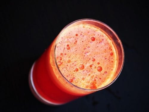 Spicy Tomato Cucumber Smoothie Recipe, low fat anti-inflammatory tropical smoothie