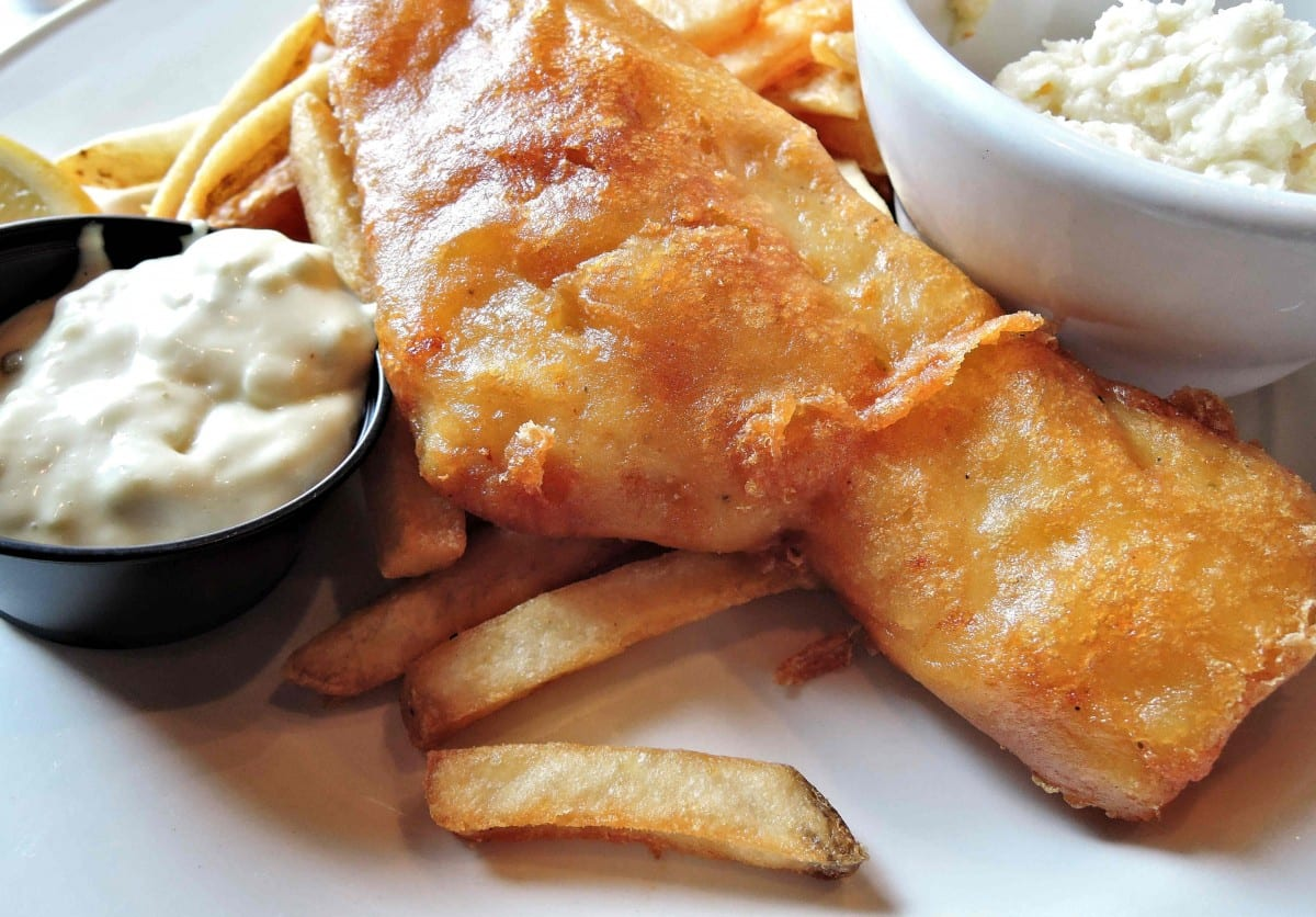 Copycat Applebee's Hand-Battered Fish and Chips Recipe