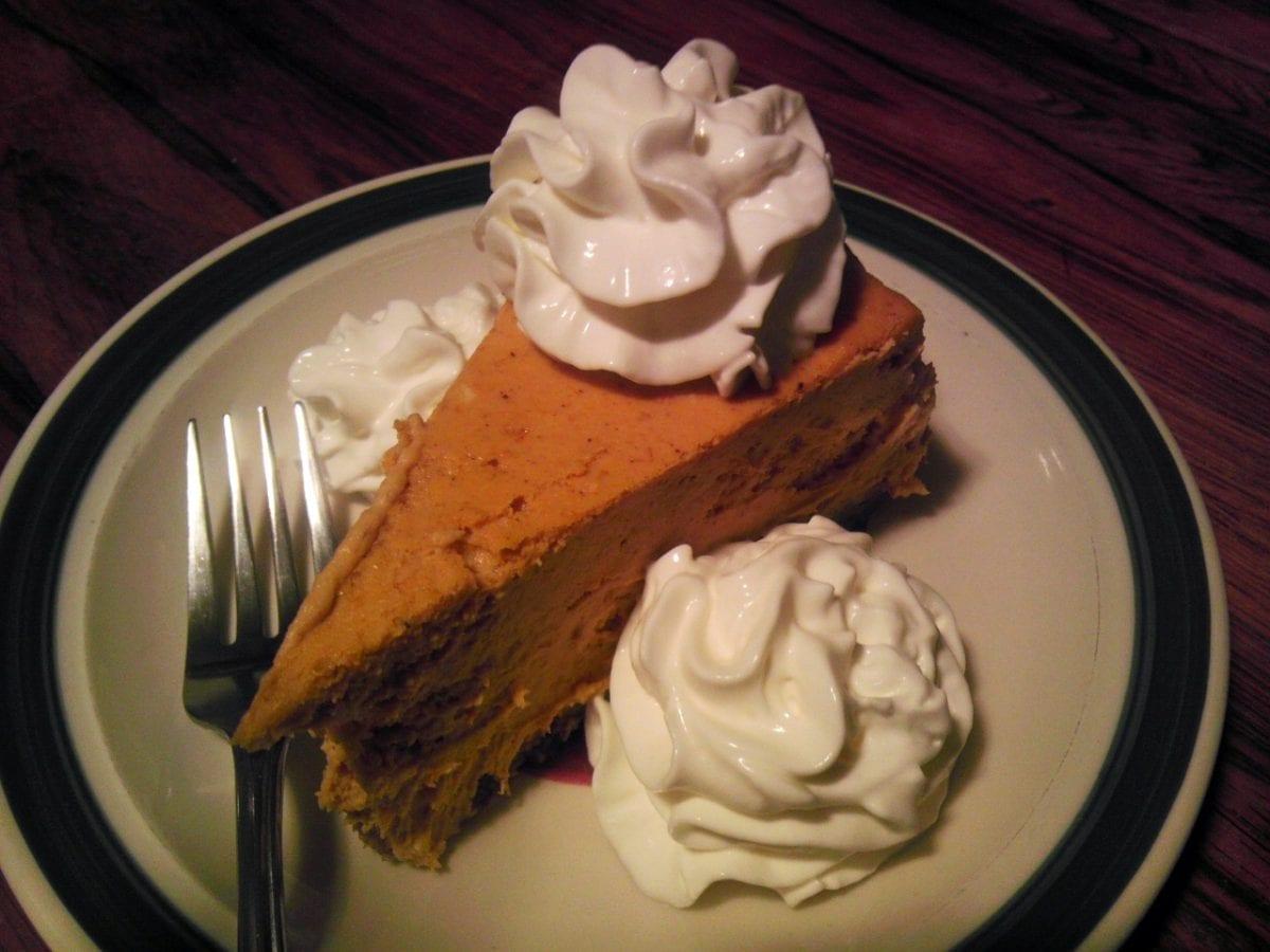 pumpkin cheesecake recipe with whipped cream