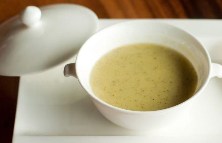 creamy cauliflower chowder with swiss cheese