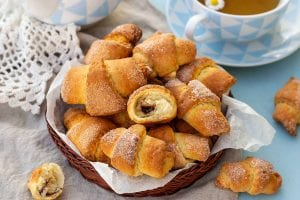 3-Ingredient Crescent Roll S'mores Recipe