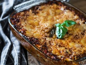 Emeril's Spinach Lasagna with Goat's Cheese Sauce Recipe