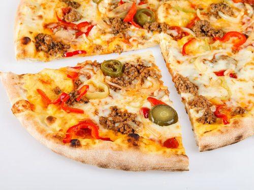 delicious fast mexican pizza
