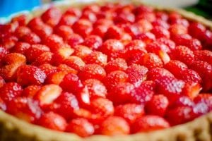 Frozen Strawberry-Yogurt Pie Recipe