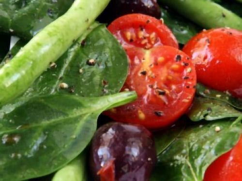 green bean and spinach salad