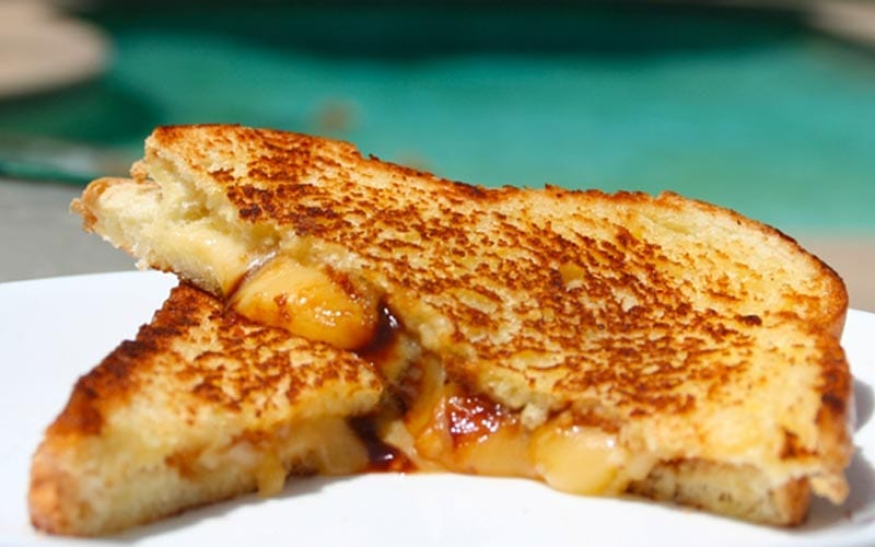 grilled-cheese-deluxe-recipe